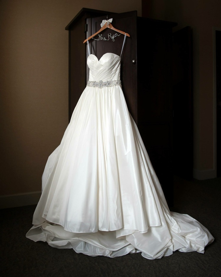 Classic wedding ballgown