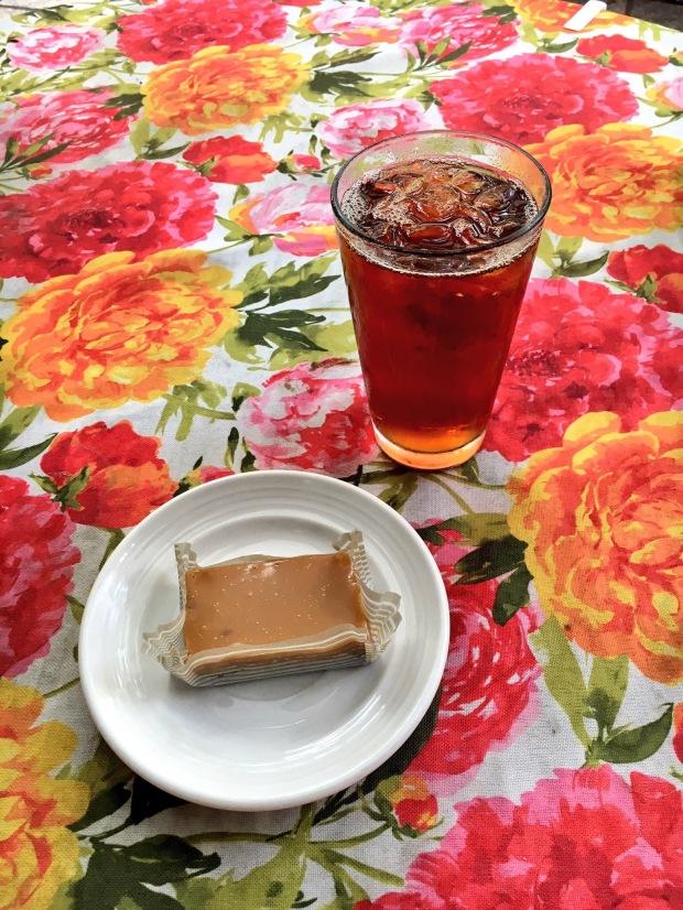 Amélie's salted caramel brownie