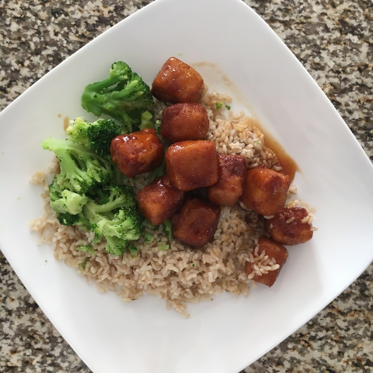 Honey sriracha tofu for meatless monday